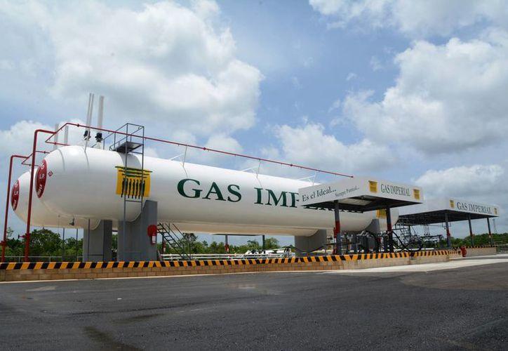 Gas Imperial abrió su tercera sucursal en Quintana Roo, en Cancún. (Victoria González/SIPSE)