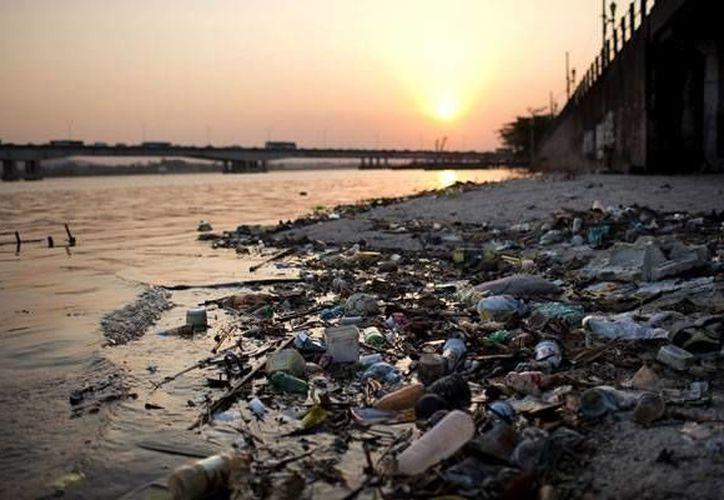 La contaminación de Río de Janeiro es uno de los más grandes problemas a falta de un año para que se lleven a cabo los Juegos Olímpicos en esa ciudad y por primera vez en Sudamérica. (juegosolimpicos2016.net)