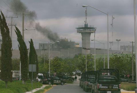 Publican lista de reos fallecidos en Penal de Cadereyta