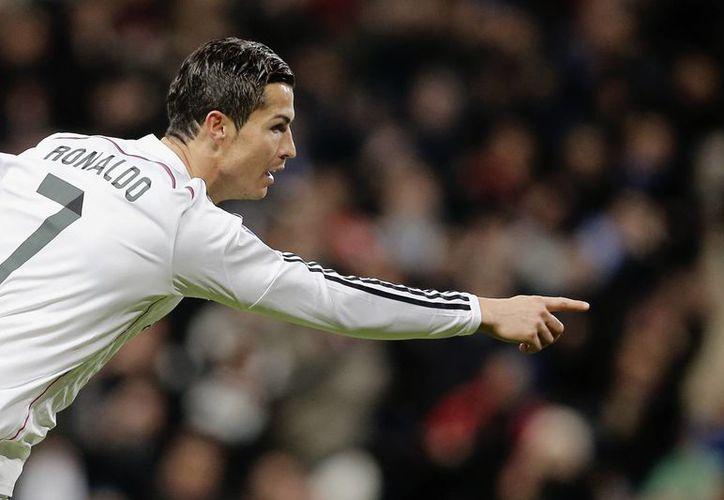 Con su 'hat trick' número 23, Cristiano Ronaldo superó la marca de Di Stéfano. (Foto: AP)