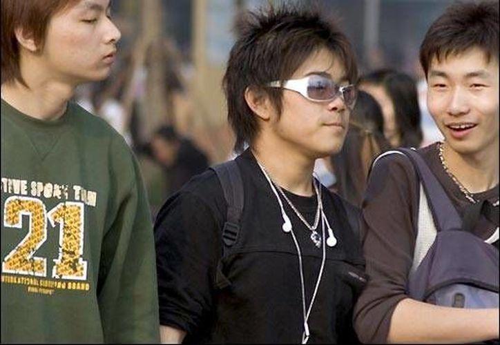 Casi todos los chinos multimillonarios  creen que sus hijos deben estudiar en el extranjero. (www.bbc.co.uk/Contexto)