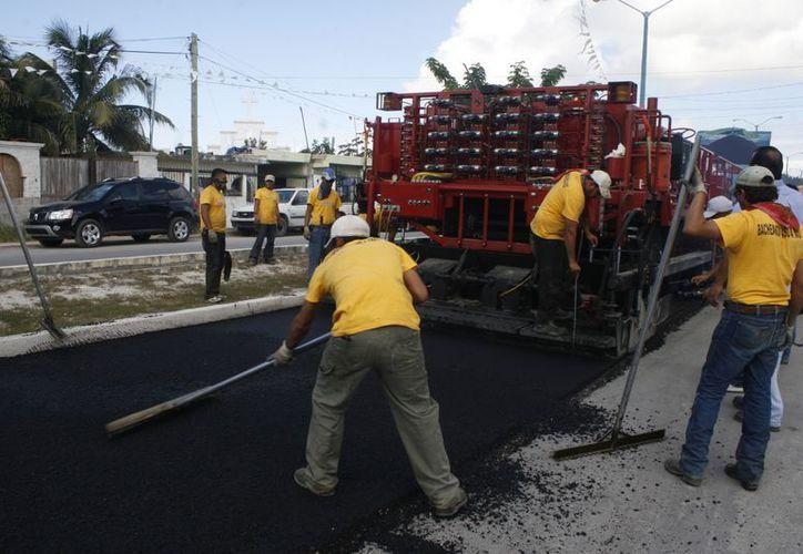 El Dragón renovaba en tiempo récord las calles y avenidas del municipio Benito Juárez. (Redacción/SIPSE)