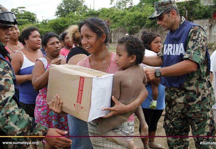 Como mexicanos nos hemos destacado siempre por ayudarnos mutuamente. Súmate ya a esta noble causa. (Archivo/SIPSE)