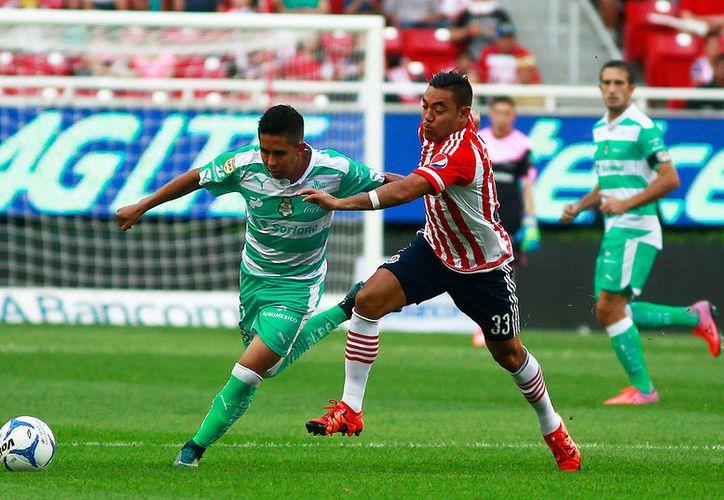 Marco Fabián rechazó la oferta del Guadalajara para seguir en el viejo continente. (Jammedia)