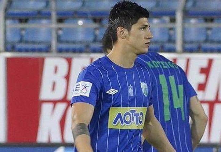 Alan Pulido tuvo un gran debut en el Levadiakos de Grecia. (Agencias)