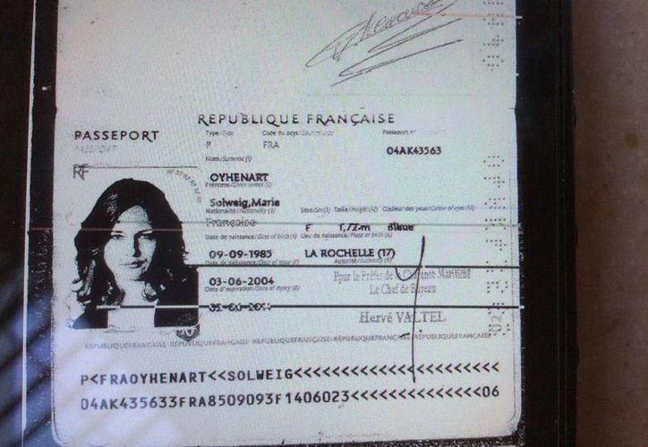 Los familiares de Solweig Marie Oyhemart facilitaron una copia de su pasaporte para ayudar en los trabajos de las autoridades. (Redacción/SIPSE)