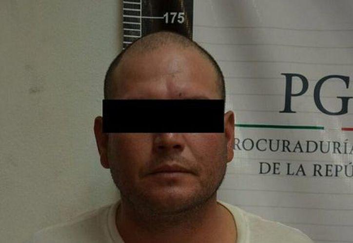 Detuvieron en Chihuahua a Jesús Rosario 'N', quien es buscado por el FBI. (PGR).
