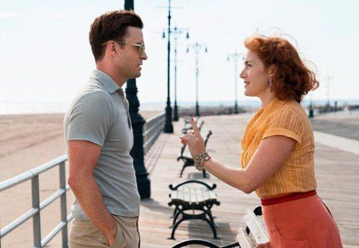 La película 'La rueda de la maravilla', es protagonizada por Justin Timberlake y Kate Winslet. (Contexto/ Internet)