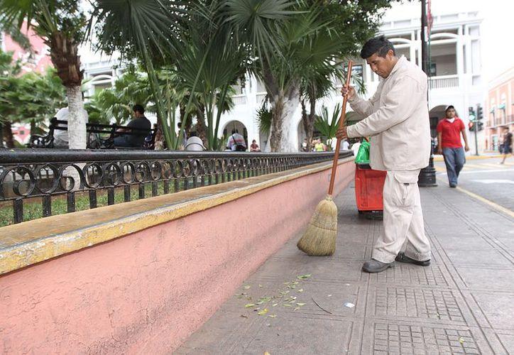 El Ayuntamiento puso en marcha un operativo para mantener limpia la ciudad a pesar del asueto navideño. (Cortesía)