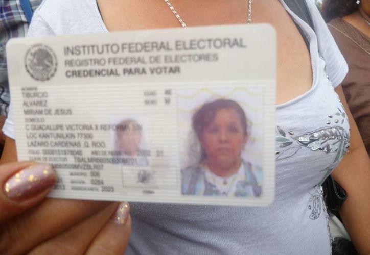 La ciudadana dijo que fue engañada para votar en Kantunilkín. (Raúl Balam/SIPSE)