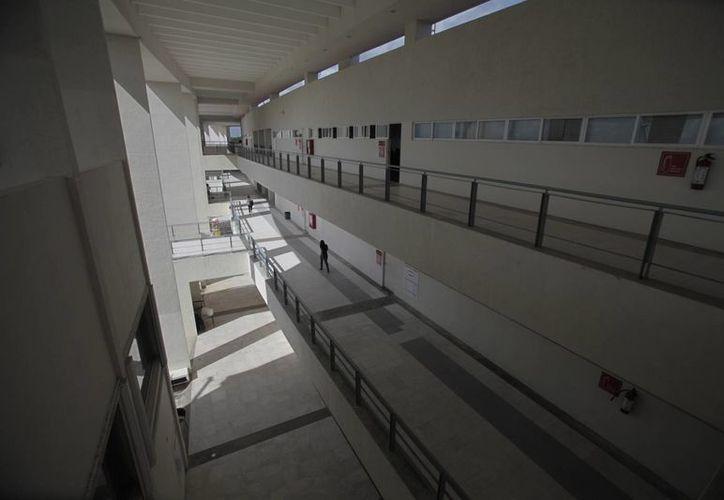 Instalaciones de la Universidad del Caribe en el municipio de Benito Juárez. (Israel Leal/SIPSE)