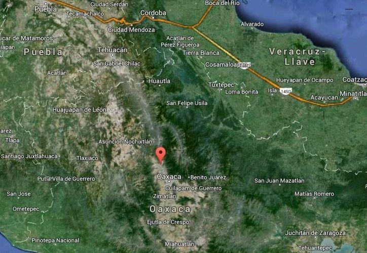 Hay tres criminales prófugos implicados en el homicidio contra el ex alcalde Ernesto Cantera, en Magdaleno Apazco, Etla. (Google Maps)