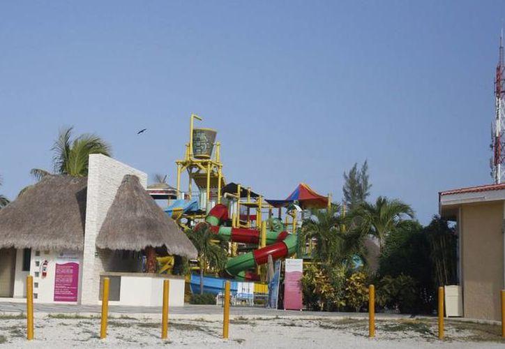 Esperan propuestas para la sustentabilidad de lotes con propietarios en Puerto Juárez. (Redacción/SIPSE)