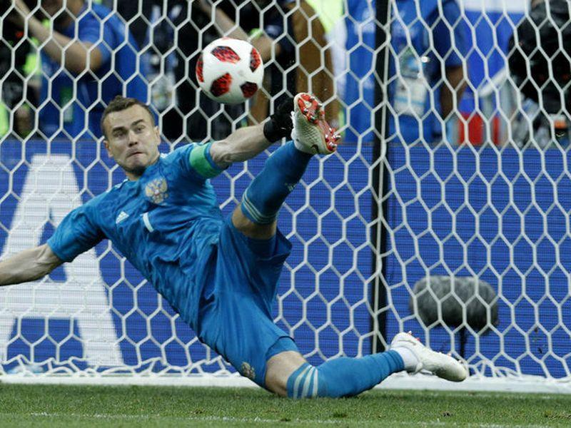 Igor Akinfeev confesó que no hubo tandas de penales durante los entrenamientos de Rusia previo a dejar fuera a España (Foto AP)