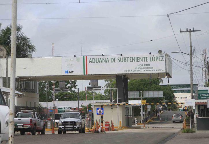 La Canaco propone que en los Estados fronterizos, como es el caso de Quintana Roo, se reduzca el IVA al 8%.  (Enrique Mena/SIPSE)