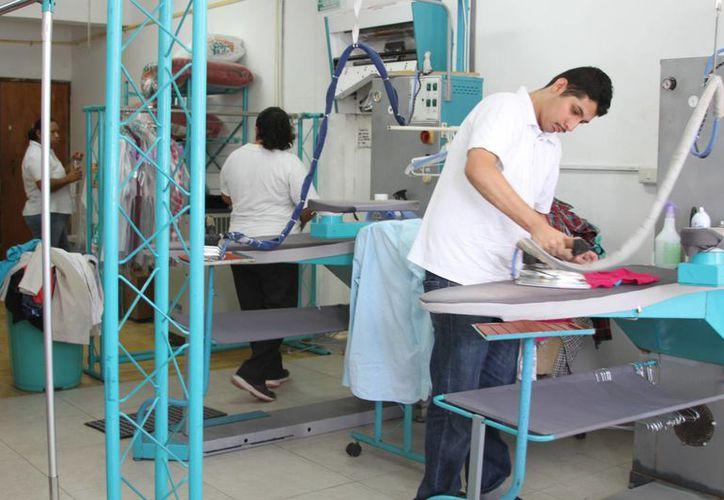 Con la capacitación adecuada, trabajadores podrán evitar y auxiliar posibles accidentes.(Paloma Wong/SIPSE)