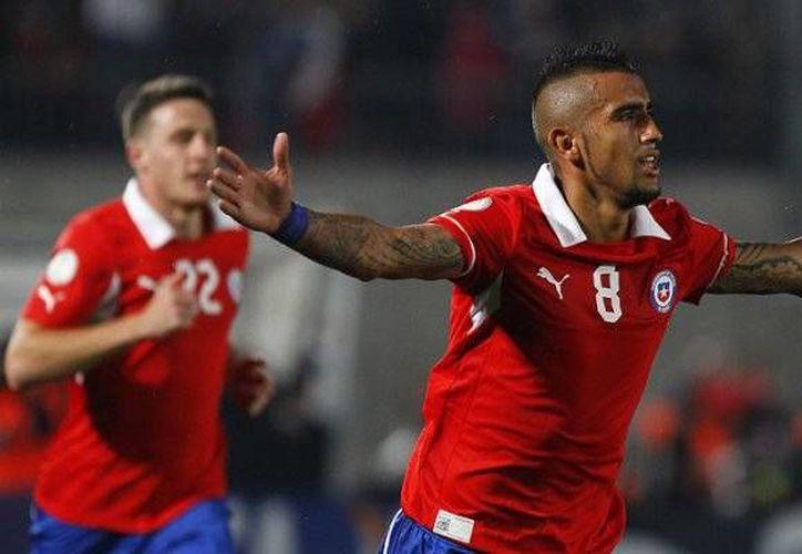 Chile será el anfitrión de la Copa América en 2015, cuyo sorteo de grupos se realizará en dos semanas. (chilevision.cl)