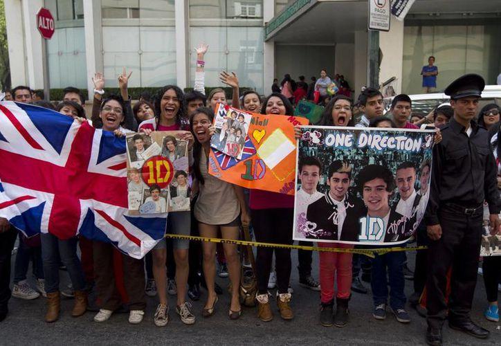 Fans mexicanas de One Direction recibieron la recompensa que esperaban a su larga espera. (Notimex)