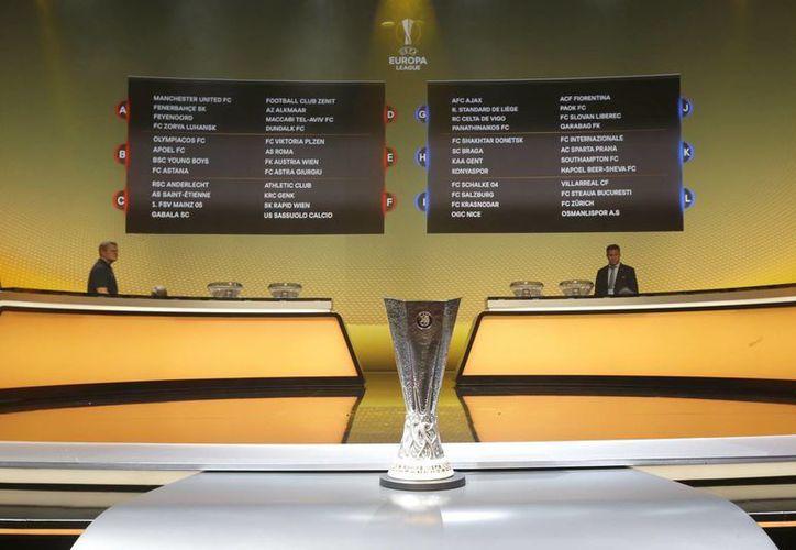El sorteo se realizó, este viernes,en instalaciones de la FIFA. El actual campeón del torneo es el Sevilla de España.(Claude Paris/AP)