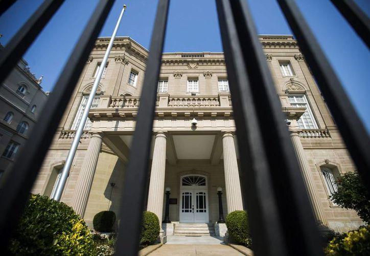 El edificio que albergará la embajada de Cuba en Estados Unidos se ubica a solo tres kilómetros de la Casa Blanca. (EFE)
