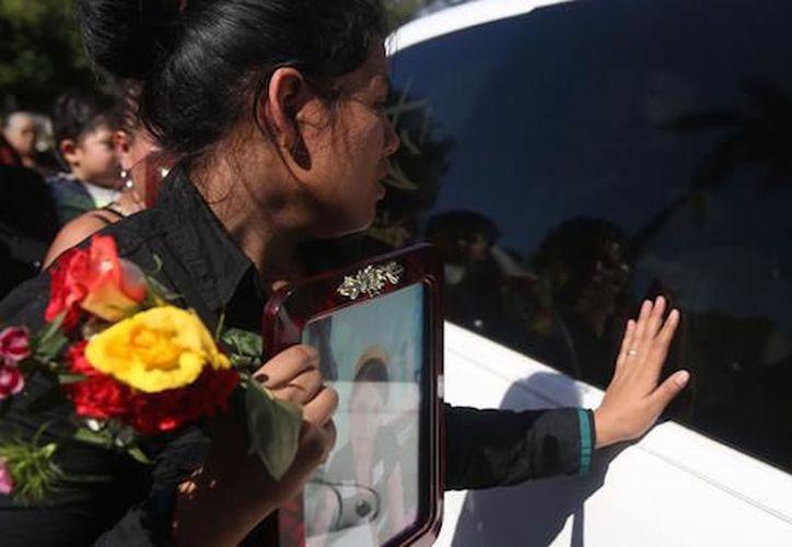 La Fiscalía de Guatemala quiere retirar el fuero al presidente Jimmy Morales, para poder ponerlo bajo investigación por el incendio en una casa hogar, en donde murieron 41 niñas.  (Sin Embargo)