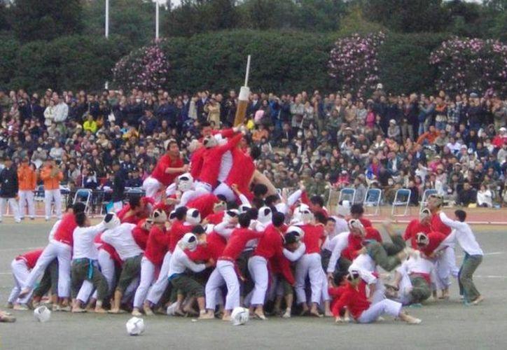 Bo-Taoshi es considerado uno de los deportes más violentos del mundo. (vice.com)