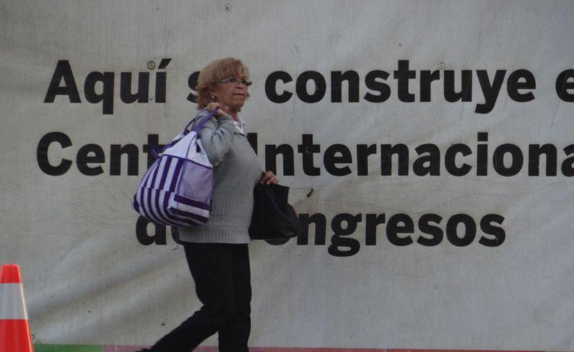 El Centro Internacional de Congresos de Yucatán, que se construye en la llamada zona hotelera de Mérida, será entregado a finales de 2017. Ya tiene eventos para 2018 y 2019. (SIPSE)