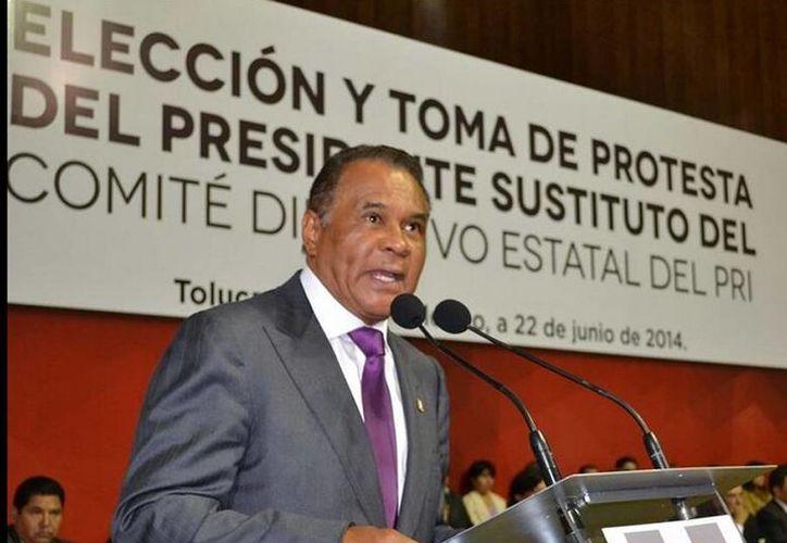 El secretario del Consejo Político del PRI, Joaquín Hendricks Díaz, afirmó que su partido no solo buscará mantener la mayoría en San Lázaro, sino lograr una victoria con una amplia representatividad. (twitter/@RJXMex_Col)