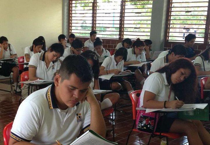 La principal finalidad de la prueba es conocer en que medida los alumnos son capaces de poner en práctica su conocimiento básico en la vida cotidiana. (Redacción/SIPSE)