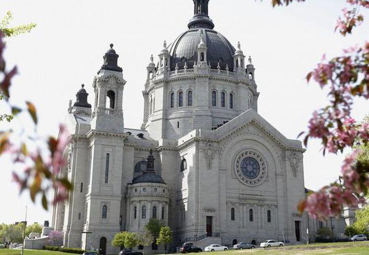 Imagen de la catedral de St. Paul en la ciudad del mismo nombre en Minnesota. (Agencias)