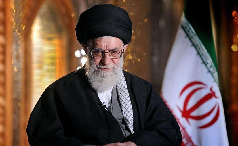 """Jamenei dijo que """"Los líderes del régimen sionista (Israel) a veces amenazan con lanzar una invasión militar"""". (Agencias)"""