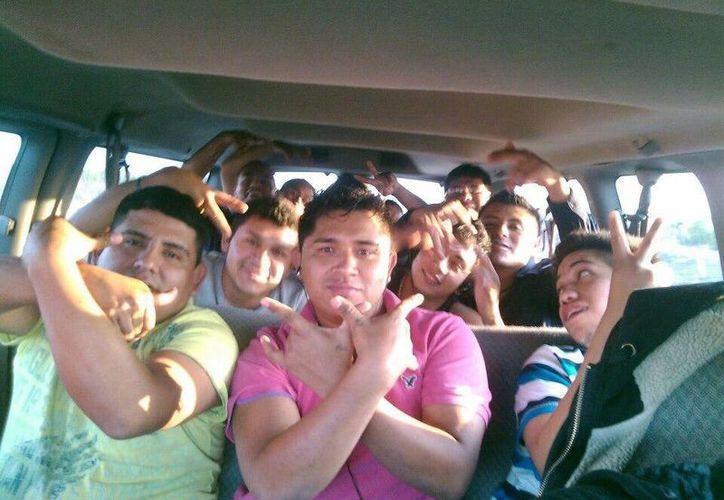 Última fotografía que la agrupación compartió en redes sociales. (Facebook.com/La Reyna de Monterrey)