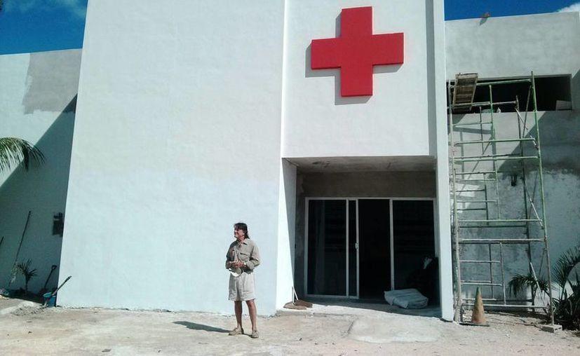 A pesar del poco apoyo, la Cruz Roja, delegación Tulum, sigue brindando atención a la gente. (Rossy López/SIPSE)