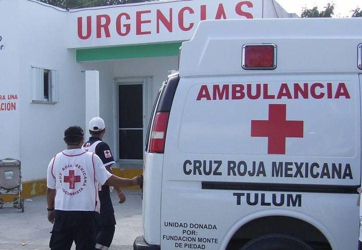 Tulum sólo cuenta con dos ambulancias, que muchas veces están fuera de servicio.  (Rossy López/SIPSE)