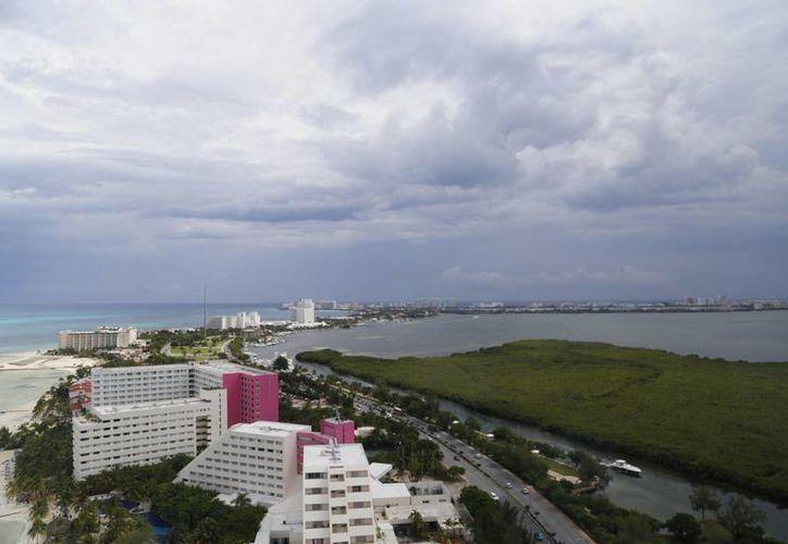 Se proyecta un desarrollo ordenado en las construcciones hoteleras. (Israel Leal/SIPSE)
