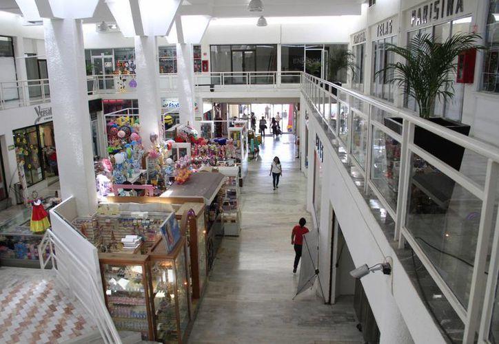 La Asociación de Plazas cuenta con 38 centros comerciales. (Tomás Álvarez/SIPSE)