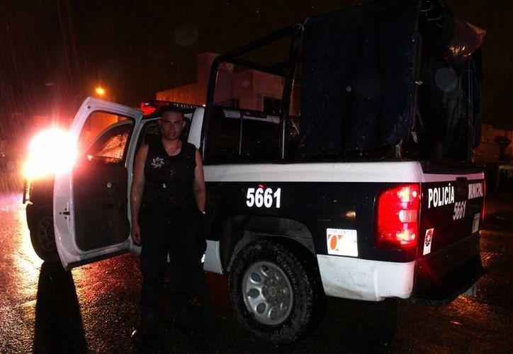 Rafael Gutiérrez Ramos, elemento que arriesgó su vida para  salvar a una niña. (Redacción/SIPSE)
