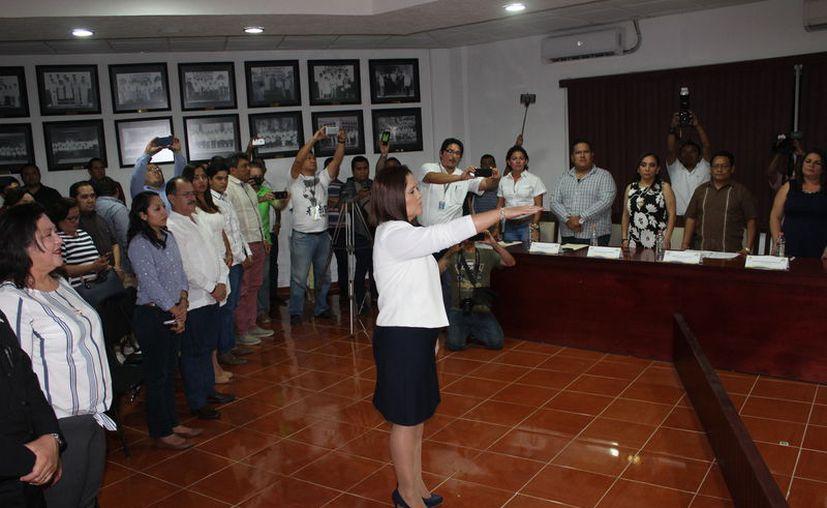 Primero renuncio a su cargo como tesorera municipal, para luego asumir el mandato como edil. (Joel Zamora/SIPSE)