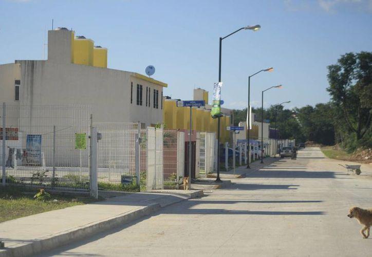 Desde el 2001 el Ayuntamiento de Othón P. Blanco registra colonias sin municipalizar, aunque la mayor cifra se concentra en los asentamientos. (Harold Alcocer/SIPSE)