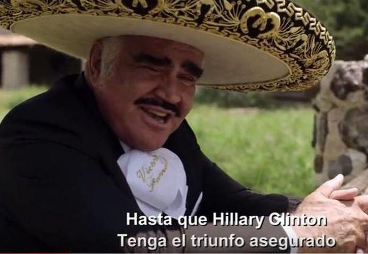 Vicente Fernández dedicó a Hillary Clinton un corrido, para apoyar la campaña de la candidata demócrata a la presidencia de Estados Unidos. (YouTube/Latino Victory Project)