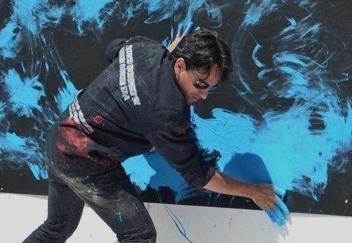 Alan Vázquez tendrá a su cargo un mural conservacionista. (Alejandra Flores/SIPSE)