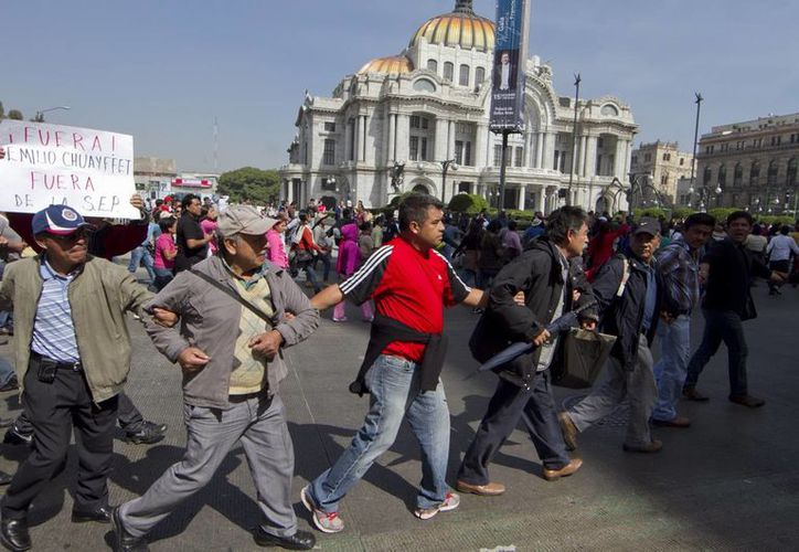 La CNTE acuerdó no realizar ninguna movilización este 31 de diciembre ni tampoco quemar figuras de cartón en oposición a las reformas estructurales aprobadas. (Archivo/Notimex)
