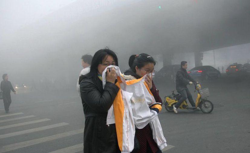 El invierno lleva por lo general una fuerte contaminación del aire en China. (Agencias)