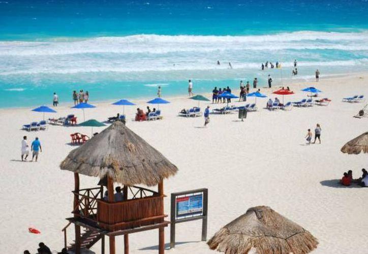 """Cancún es considerado, """"la cereza del pastel"""" y por eso es parte importante también en ese esfuerzo por detonar el turismo. (Redacción/SIPSE)."""