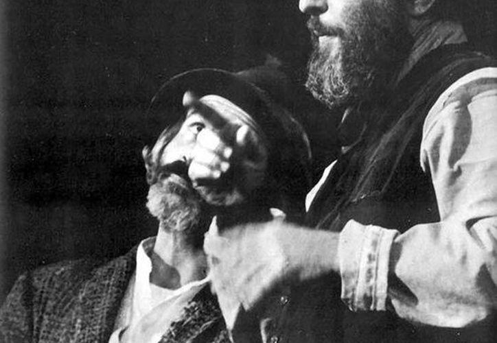 Manolo Fábregas fue el primer mexicano en triunfar en el Teatro de Broadway. La lista de mexicanos es corta. (sinembargo.mx)