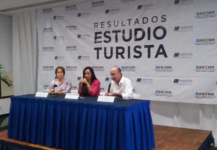 El Estudio Turista fue presentado en las oficinas de la OVC en el Cancún Center. (Redacción/SIPSE)