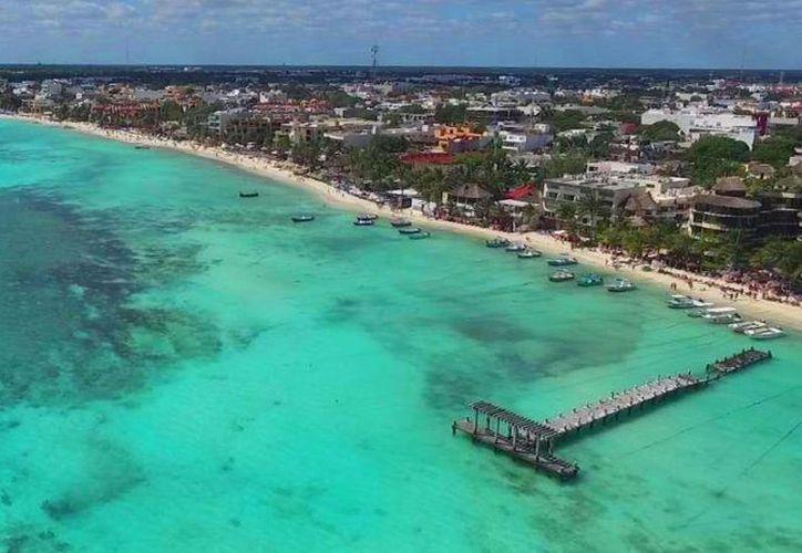 La red 'antisargazo' protegerá la costa central de Playa del Carmen de la llegada del alga marina. (Daniel Pacheco/SIPSE)