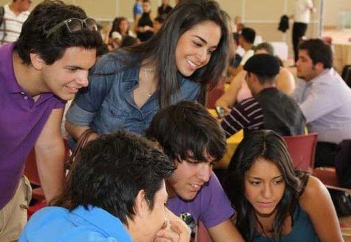 La OCDE señala que México tiene una de las mayores proporciones de estudiantes que ingresan a la educación superior en el campo de la ciencia. (Contexto)