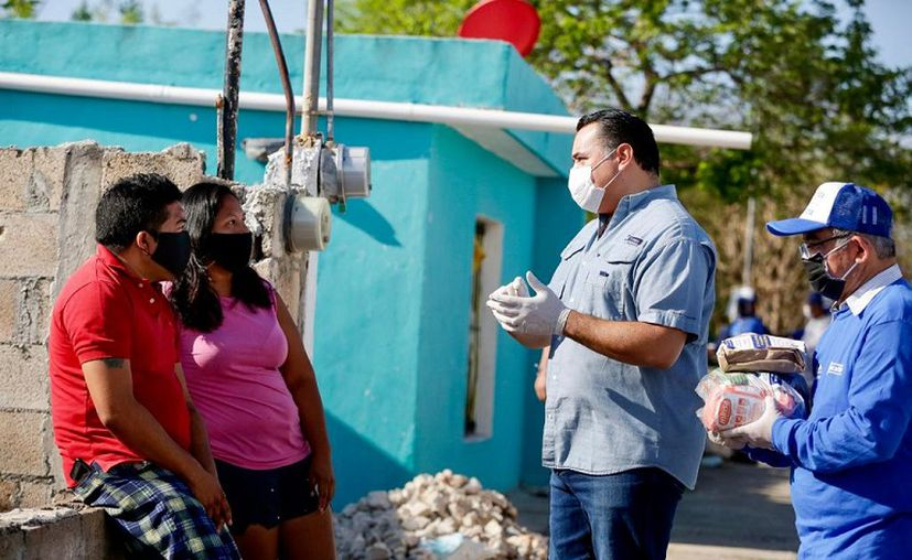 Además de los apoyos directos, la Comuna también respalda la economía familiar con empleos. (Novedades Yucatán)