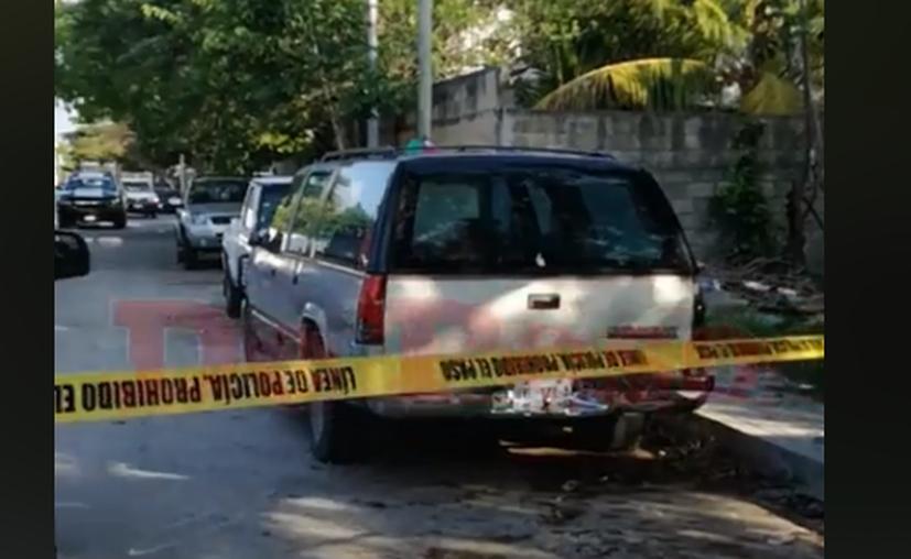 Policías se encargaron de acordonar el área para realizar las investigaciones correspondientes. (Foto: Redacción)